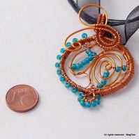 blue beads swirl pendant by Mag-Dee
