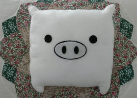 Pig Pillow by seapotato