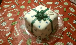 christmas cake 2010 by Lioness123
