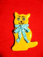 Sixth Doctor-cat-brooch by StregattaPuponzi