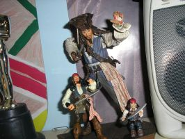 a small statue of jack sparrow by marty-mclfy