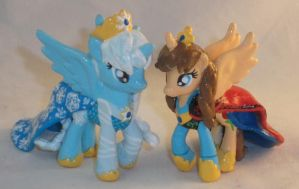 Blindbag Princess Anna and Elsa from Frozen by Gryphyn-Bloodheart