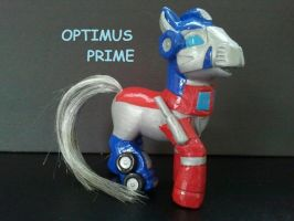 Optimus prime 2 by dannabats