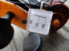 Music Note Tile Pendant by akiseo