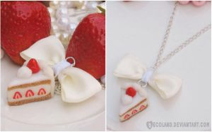 :: Strawberry Cake necklace :: by decoland