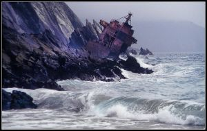Shipwreck by kanes