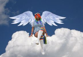 MLP - Rainbow Dash in the sky by Spinelie