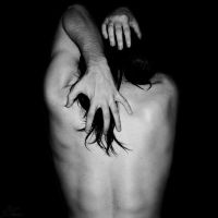 Thorns around my pain by NNarcissus