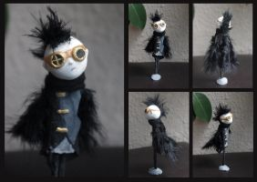 Paper clay: Steamgoth bird boy by Lauramei