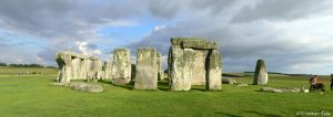 UK - Stonehenge panorama by Ludo38