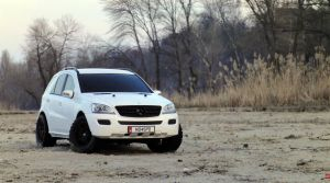 Mercedes ML 63 003 by 5-G
