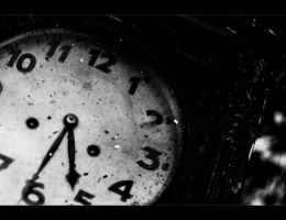 clock by eliaslewinsky