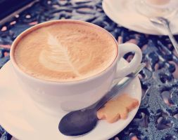 Afternoon cappuccino by FireFlyExposed