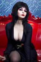 Elvira by LucyIeech