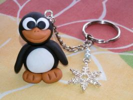 Keychain with penguin, snowflake and pearls fimo by bimbalove81