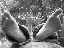 hands and feet by peacelovebeatles