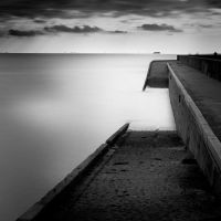 Waiting quay 2 by marcopolo17