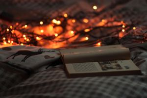 cozy evenings and the Hobbit. by Minako777