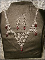 Chainmaille with blood drops by Rosselanor