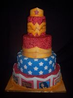 Wonder Woman Cake by eckabeck