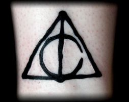 Deathly Hallows by Z-ompire