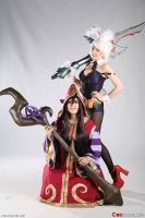 League of Legends Riven and Lulu Cosplay by PizZaMonsTa