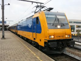 Antwerp B 111016 Traxx 186 122 on IC 9263 by kanyiko