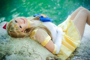 Sailor Venus Smile by HollyGloha