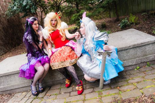 Shipping War by PrincessofTeaCosplay