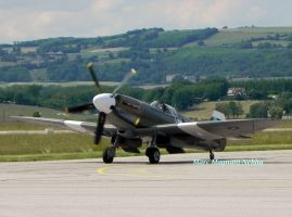Spitfire MK 14 by angeloup