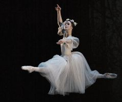 Giselle Act 2, Myrtah by lawrencew