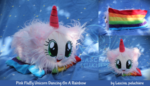 Fluffle Puff chamallow on a rainbow by Peluchiere