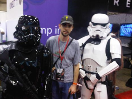 fan expo 2010 Storm Troopers by ZombieT-Bag