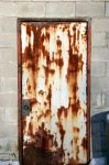 rusted door by dizzia