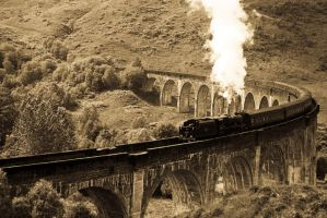 Hogwarts Express by MichiG87