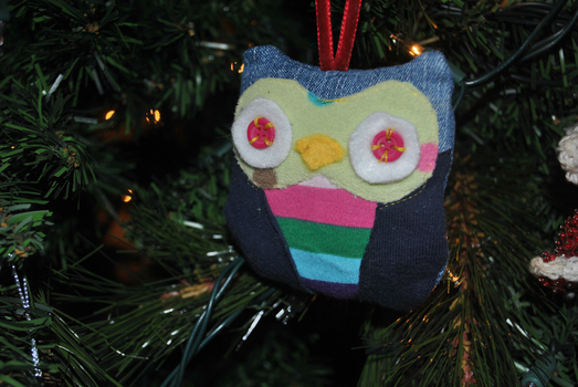 owl ornament by HarleyQuinne