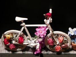 Ghostbike decoration by Lou-in-Canada