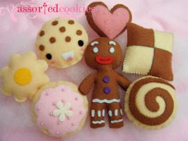 more felt assorted cookies. by prouda-prada
