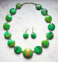Green Collier by Ravensilver