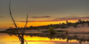 Horse-Shoe Lake Sunset by remyrob