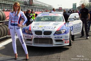 BMW Grid Girl by luis75
