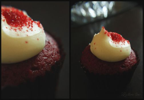 Red Velvet Cupcake by Nora-Sims