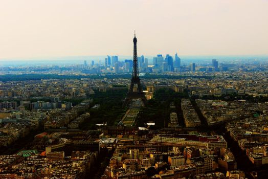 Paris by anhourlate