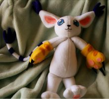 Gatomon Plushie by leloi
