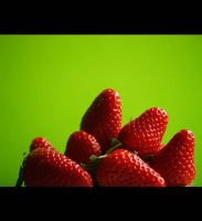 Strawberry Strawberry by noemia