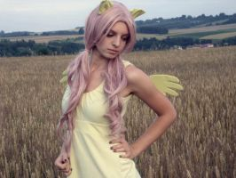 Fluttershy cosplay by Ringsana