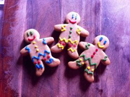 Gingerbread men by LamieG