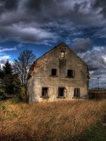 old house II by Niceshoot
