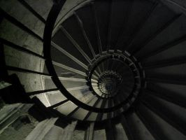 Inside The Monument by JamesBardolph