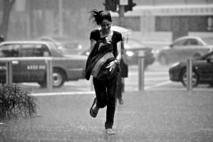 Girl in Rain by dannyst